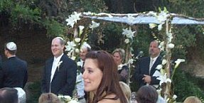 File:NikkiB at Greg's wedding-cropped.jpg